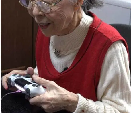 Have you read the story of the oldest gaming YouTuber in the world
